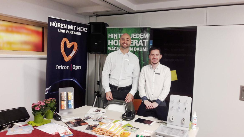 OHRpheus Hörgeräte Mannheim: Unsere Mitarbeiter informieren Dirk Kilb und Ioannis Charalampakis