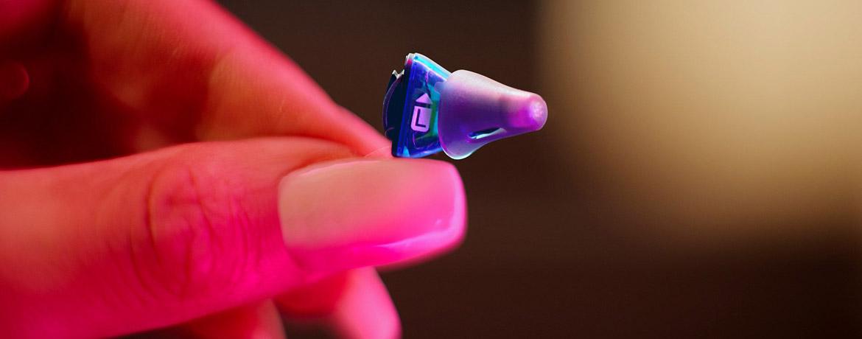 Unser fast unsichtbares Hörgeräte Highlight: Signia Silk X Produktbild